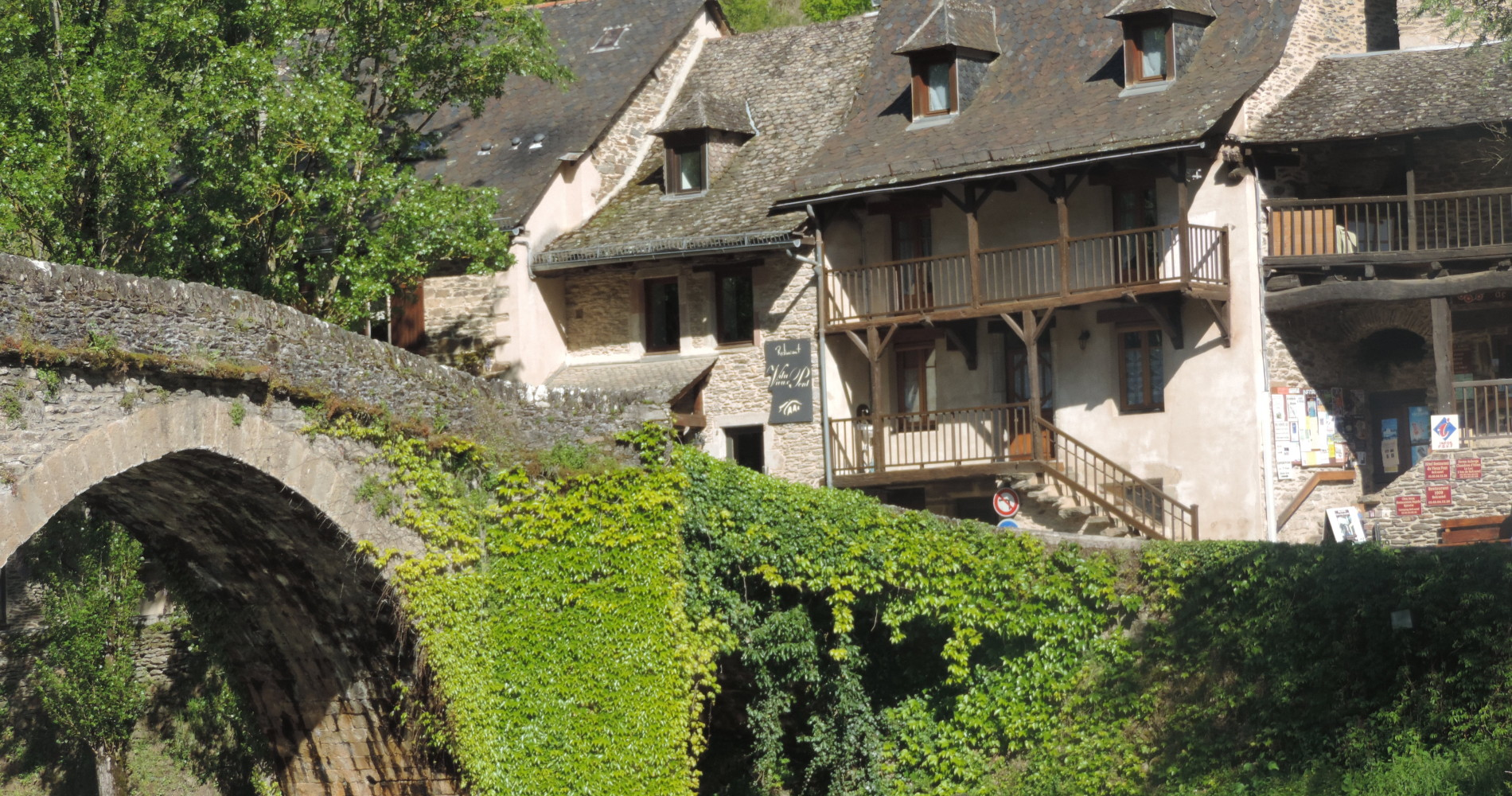 Restaurant Gastronomique Du Vieux Pont Aveyron 12  Etoil U00e9